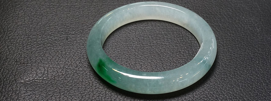 Ice green Jade Bracelet.jpg