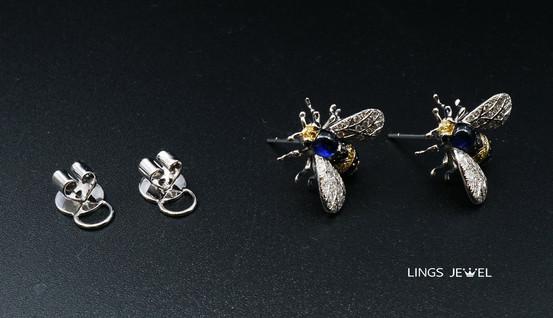 Bee Ear Ring full set.jpg