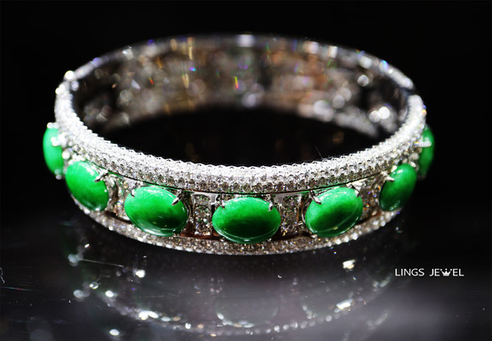 13 carat diamond jade bracelet.jpg
