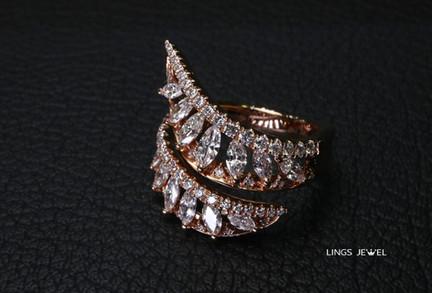 Spiral Shape Marquise Diamond Ring Rose