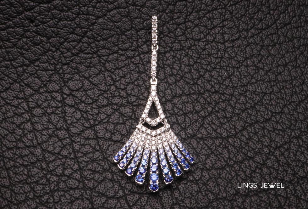 Sapphires Ear Ring in Gradient color.jpg