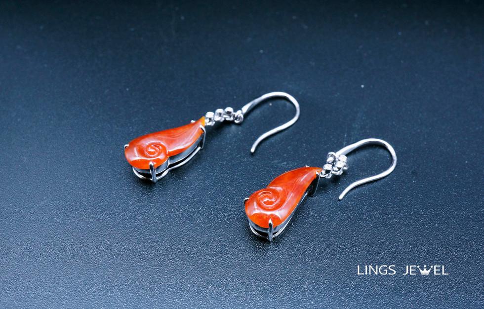 Red Ruyi Jade Ear Ring.jpg