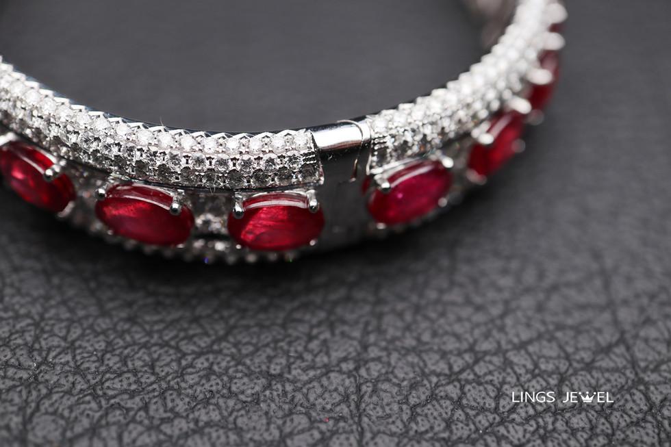 34 carat Ruby with 8 carat diamond Brace