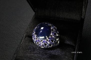 11.37ct Empire style Sapphire ring.jpg
