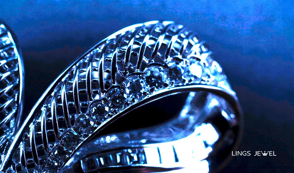 RIbbon Knot 3 carat diamond Pendant 2.jp