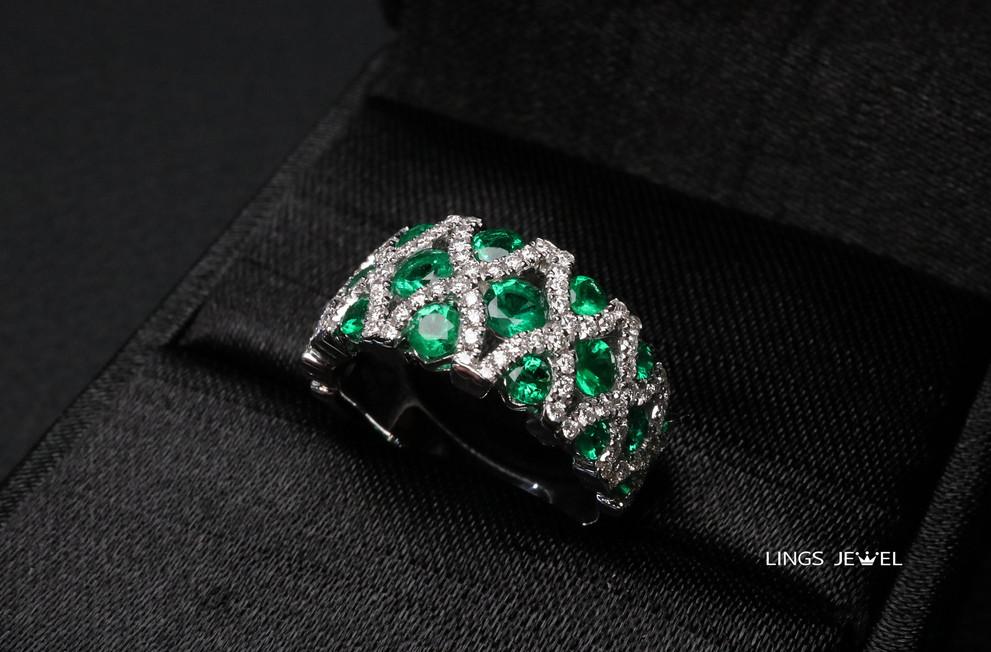 20 emernald Ring.jpg