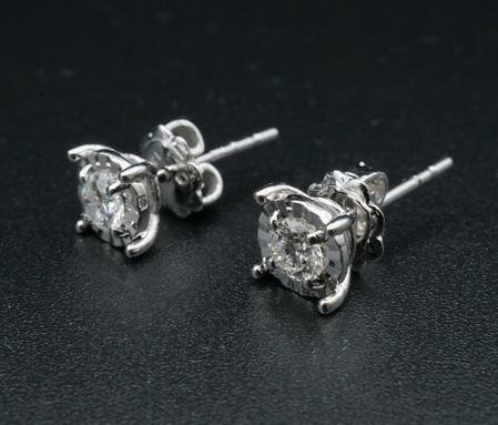 Diamond Ear Ring 36 D VG x1pair top 1.jp