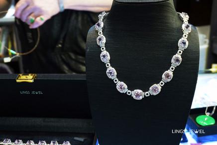 Lings Jewel neck lace 3.jpg