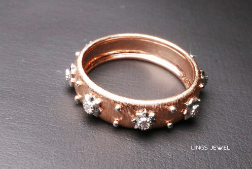 wavy surface star diamond ring 2.jpg