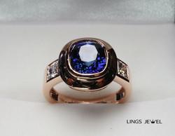 3.6 ct GRS Royal Vivid Blue Sapphire ring 2.jpg