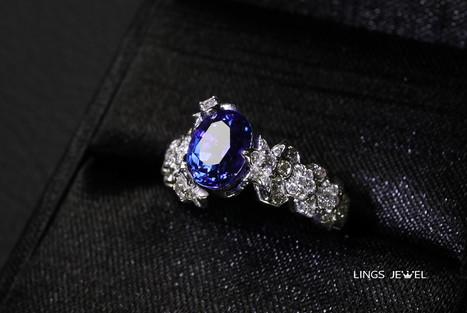 non heated 2 carat royal blue Ring.jpg