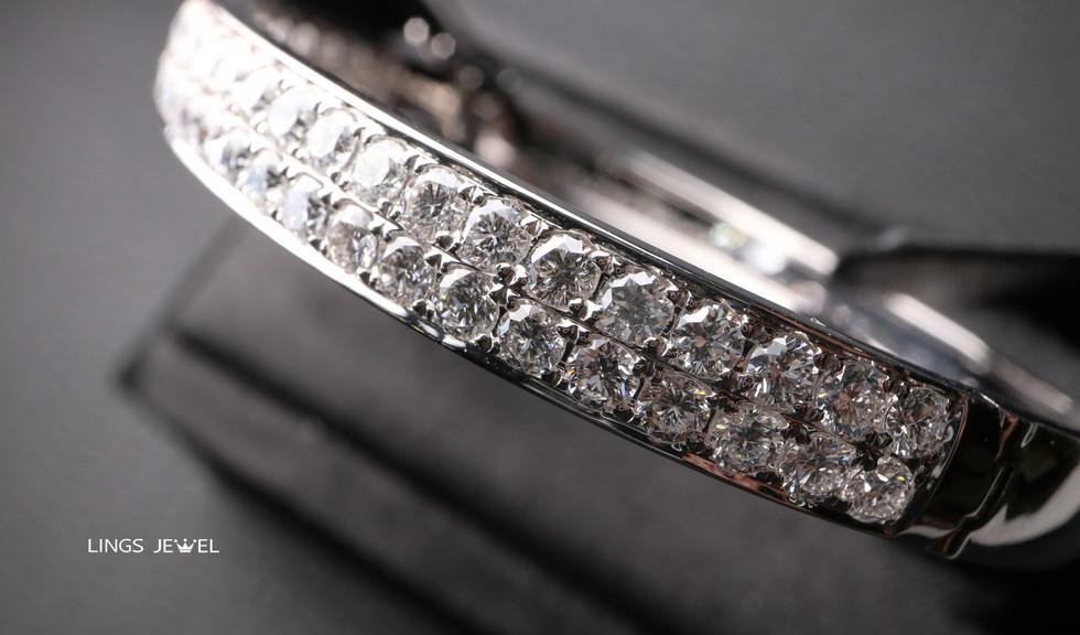 4.4 carat Diamond Bracelet 2.jpg