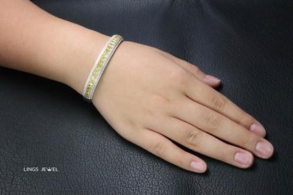 6 ct cushion yellow diamond bracelet 3.jpg