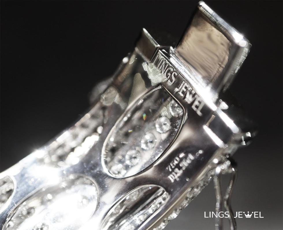 13 carat diamond jade bracelet 4.jpg