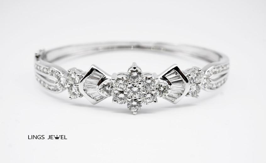 Grand 6 star combo Diamond bracelet.jpg