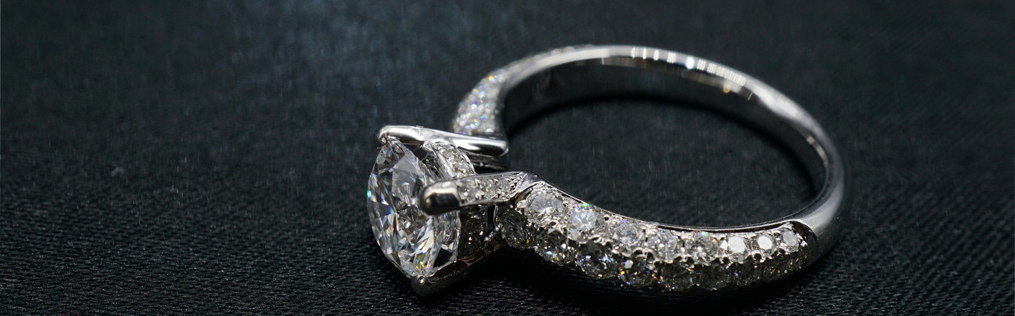 Diamond Ring 1 Carat side 1 cover.jpg