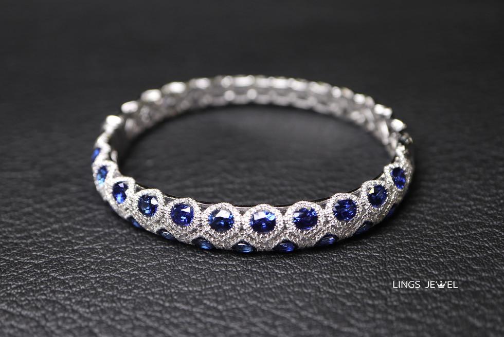 Royal blue sapphire Bracelet.jpg