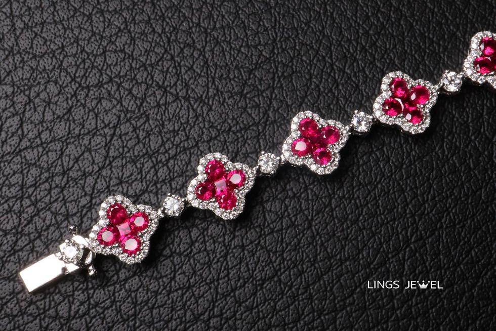 Four Leaf Clover Bracelet 2019 11.jpg