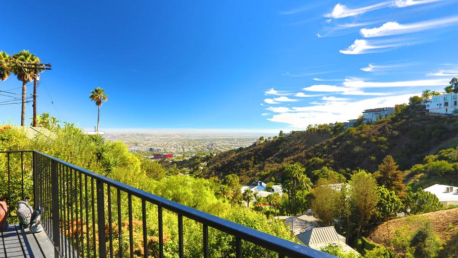 2125 Sunset Plaza Dr, Hollywood Hills