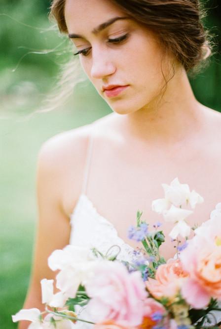 2007-michigan-bridal-editorial-aurora-ce