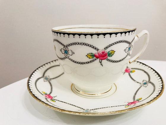 1921-23 Paragon Tea cup and Saucer set