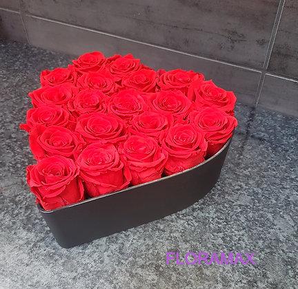 20 roses éternelles en cœur
