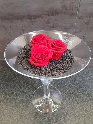 Roses éternelles en vase martini