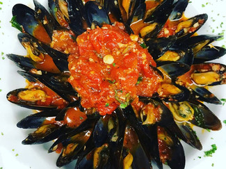 mussles red.jpg