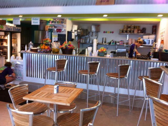 Liza's Poolside Restaurant