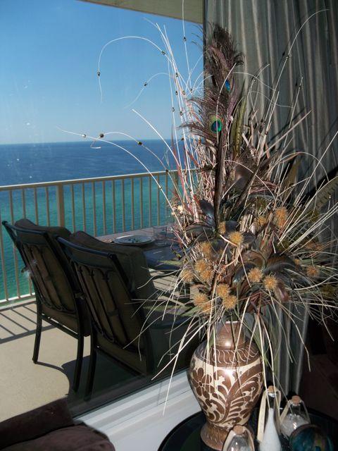 balcony and views at thiscondorocks