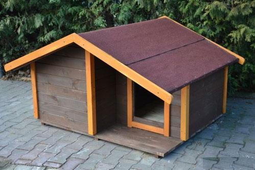 будка-для-собак-с-утеплением-деревянная