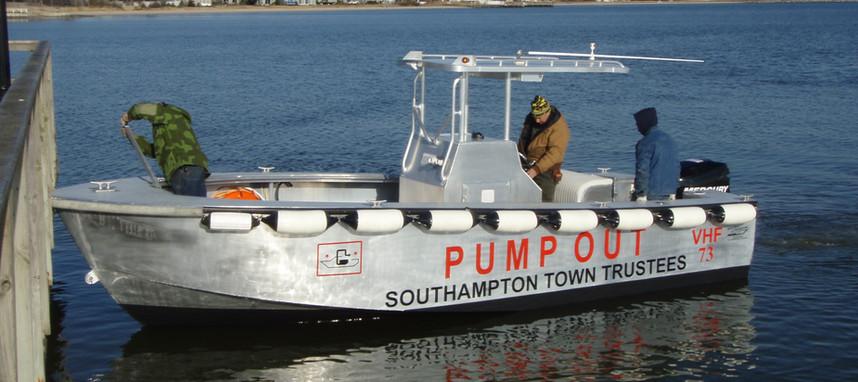 pumpout boat2 004.jpg