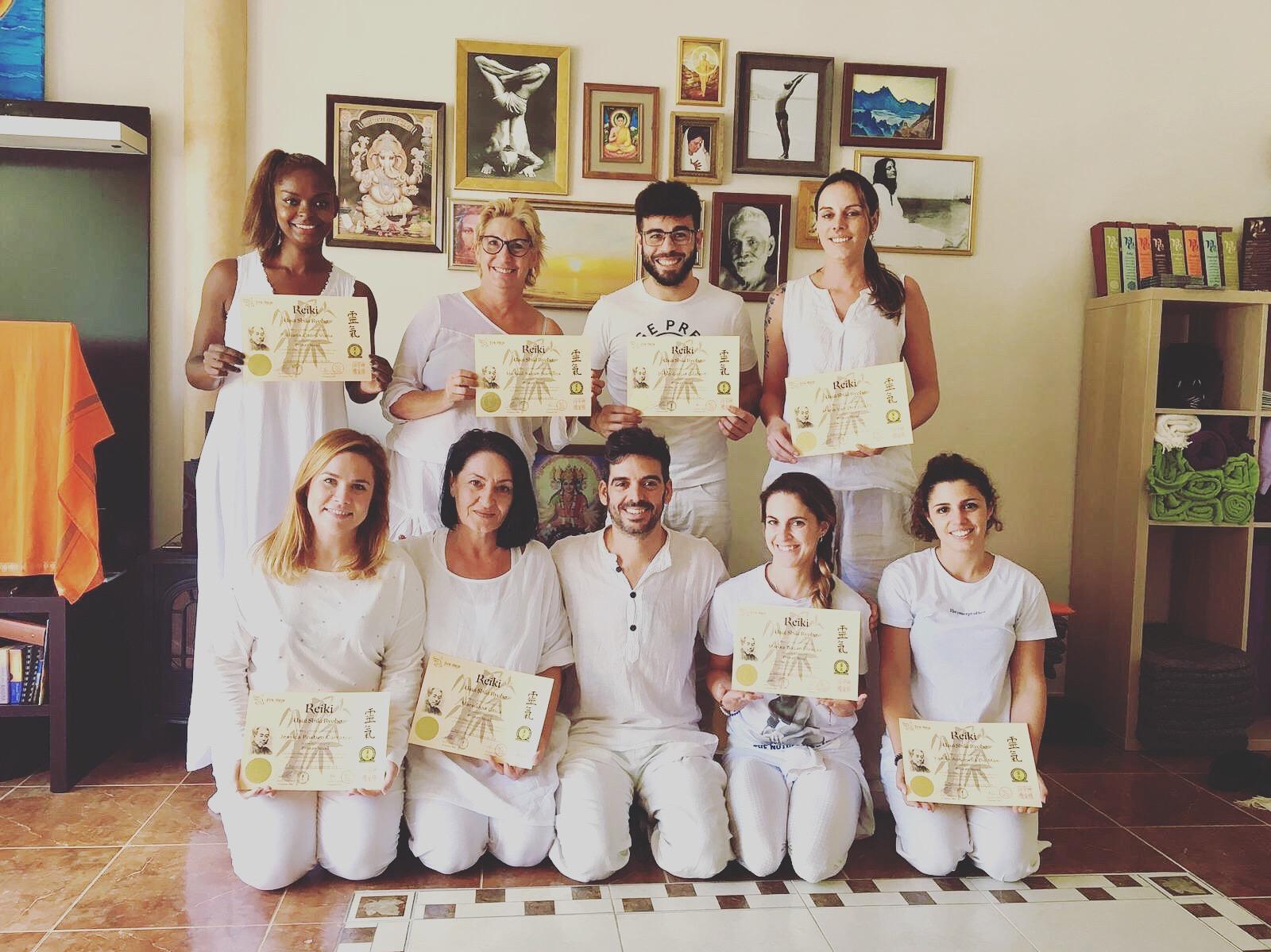 curso de yoga mijas