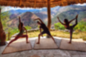YOGA AT  MONTE SUENOS. FOTO; COPYRIGHT T
