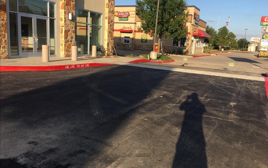 Asphalt paving in Austin, TX | Asphalt Contractors