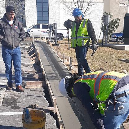Concrete Curb Replacement Austin TX | Texan Paving