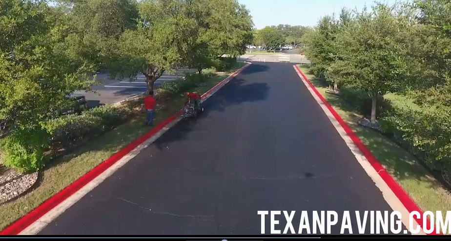 Commercial parking lot Sealcoating in Austin TX