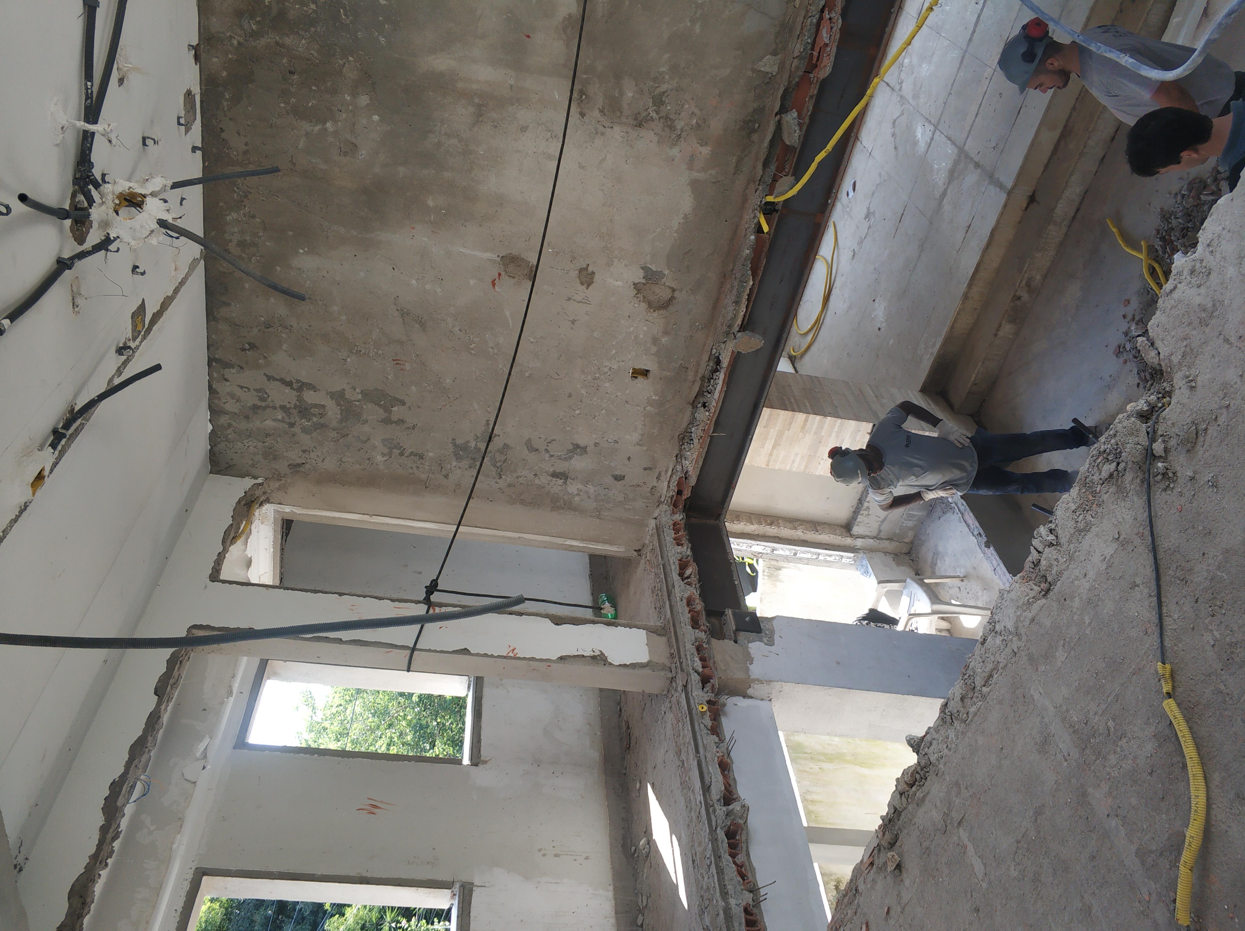 demolicao laje mezanino residencia- uba