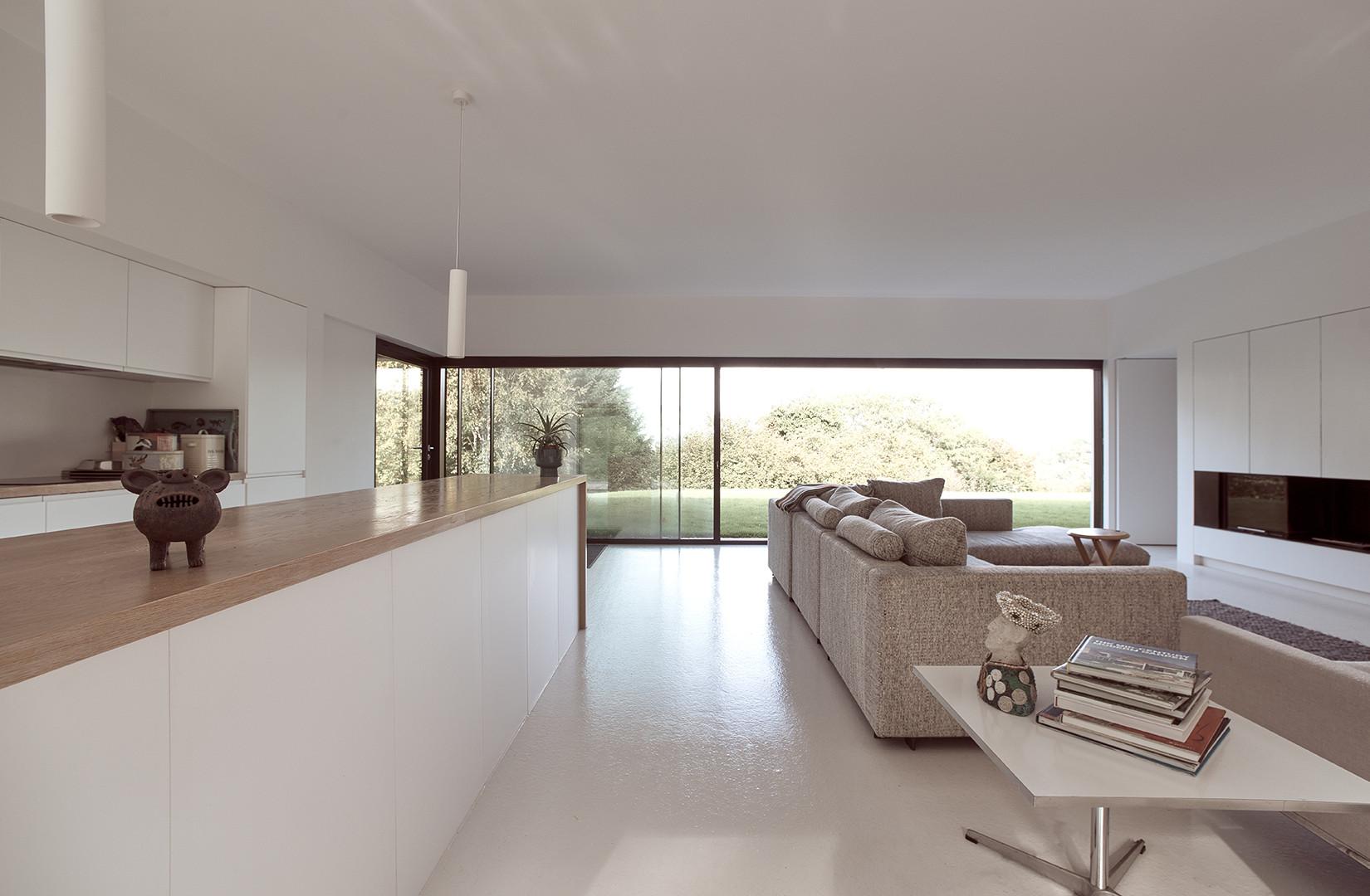 Architect: Daniel Bär Architect Contract Administration through Scenic Lets Ltd