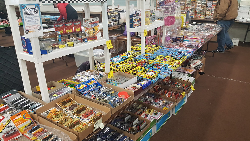 OVER 120 8FT TABLES Now Including Die Cast, Hot Wheels, Matchbox Models, Dinky, Matchbox. Winross, Nascar . Racing Memorabilia. Redlines ,Corgi, Johnny Lightning., M2, Diecast. AMT, Majorette, Mattel, Franklin Mint, Muscle Machines, Promos, Buy, Sell, Trades Everything Slot Car and Tiny Car Related. 1000,s of Items with Dealers from 4 States