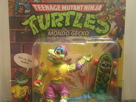 Copy of 1990 Playmates TMNT 31 Back Mondo Gecko Blue Eyebrow Variant 70EX+ Unpunched