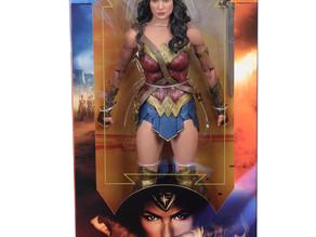 NECA Wonder Woman Movie 1:4 Scale Action Figure