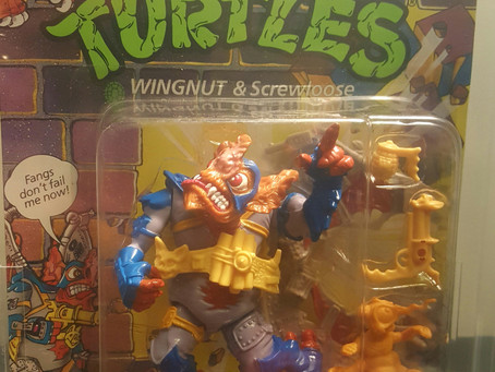 1990 Playmates TMNT 28 Back  AFA Graded 80NM+ Wingnut and Screwloose Unpunched