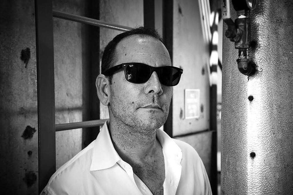 Tim Minear Photo