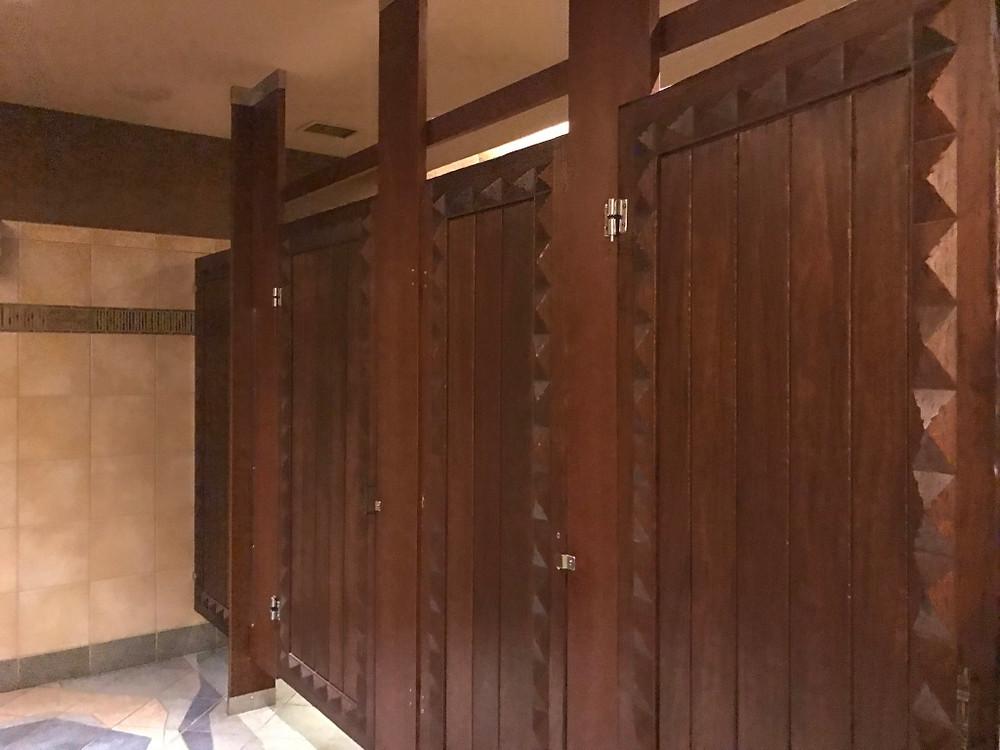 Restroom Stalls, Sanaa
