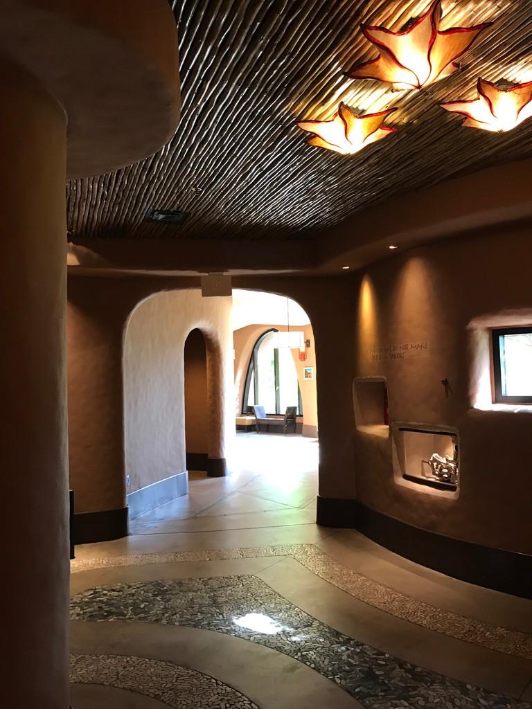 Hallway leading to Sanaa