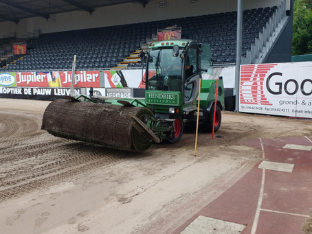 Heraanleg voetbalterrein 'Den Dreef' i.o. van King Power/OHL