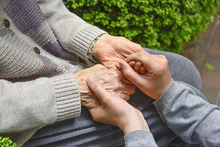 これからの超高齢社会に目を向けた後見制度支援のための整理。 その専門会社が求められています。