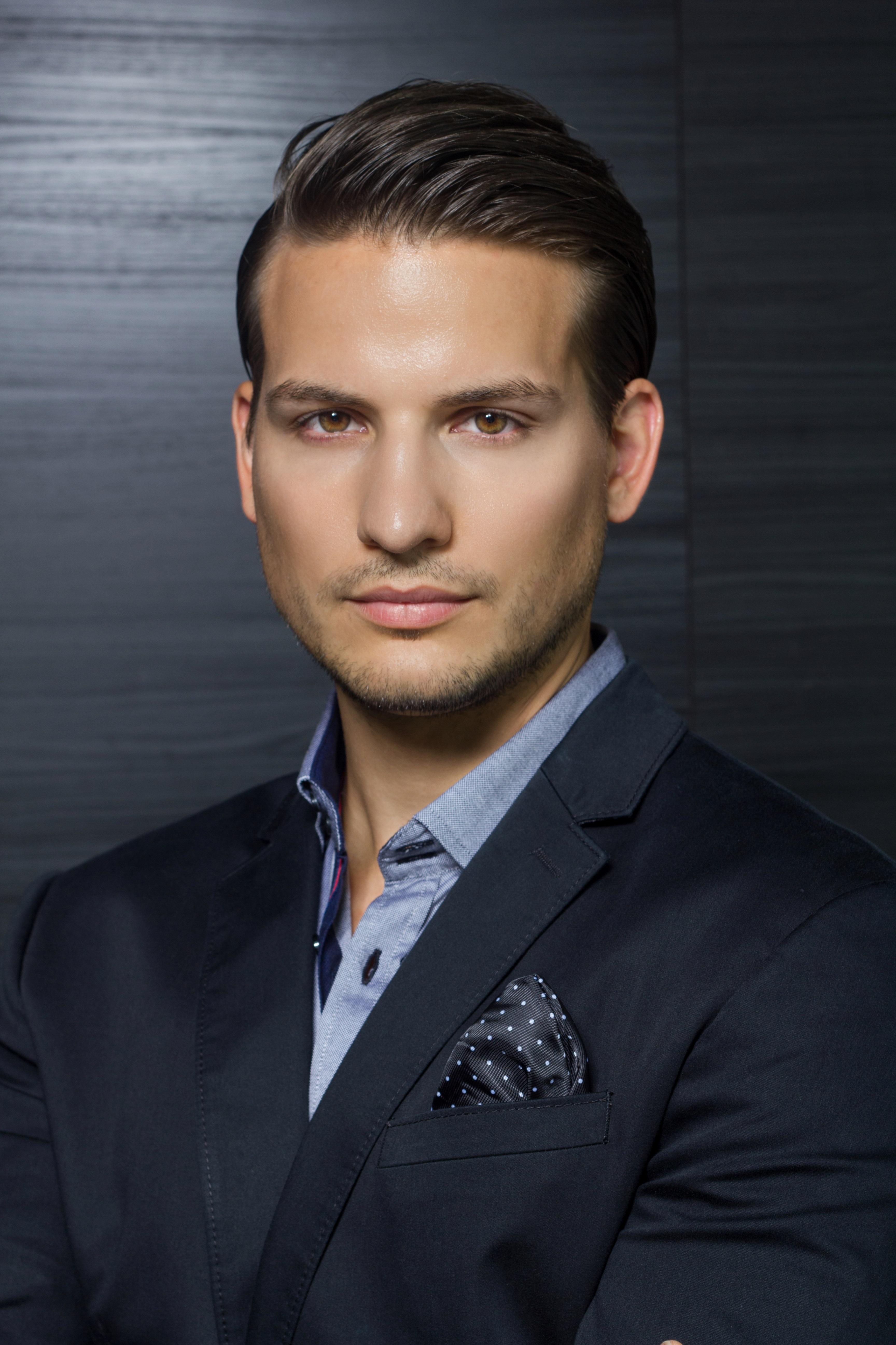 daniel Zoltan nyiri fashion model personal trainer entrepreneur owner of 4u fitness