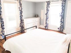 Bedroom #1, 1 King Bed